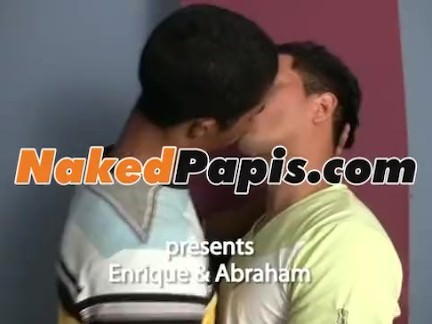 Video porno gay sudamericani